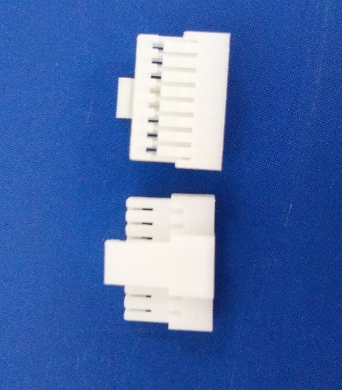 8 Pin Housing Wire To Board Connector , White Color Printed Circuit Board Connector