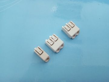 Cina 01 / 02 / 03 Pole SMD LED Connectors 4.0mm Pitch Terminal Block Connector Tin Plated pabrik